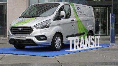 Ford Transit Plug In Hybride Bestelauto Maakt Dynamisch Debuut